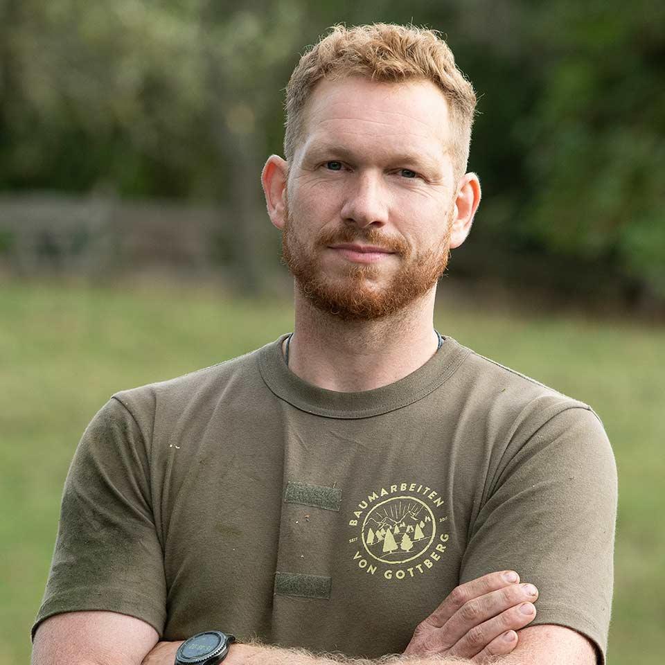 Daniel von Gottberg - zertifizierter Baumpfleger - fachgerechte Baumpflanzung und Baumpflege